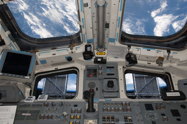 S125E007768 - STS-125 - View of the Aft FD taken during Flight Day 5