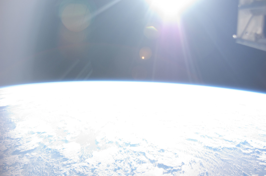 S126E016989 - STS-126 - Earth Observations taken by STS-126 Crewmember