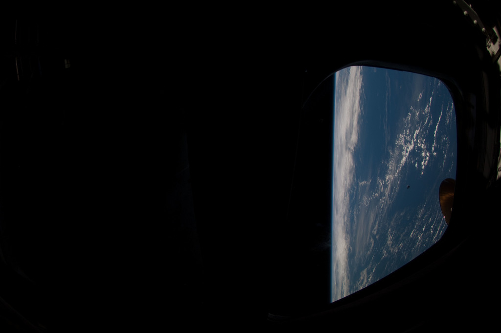 S126E026031 - STS-126 - Earth Observations taken by STS-126 Crewmember