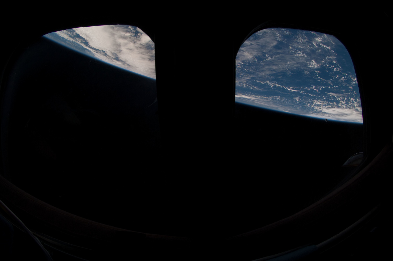 S126E026169 - STS-126 - Earth Observations taken by STS-126 Crewmember