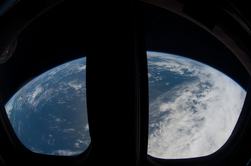 S126E026687 - STS-126 - Earth Observations taken by STS-126 Crewmember
