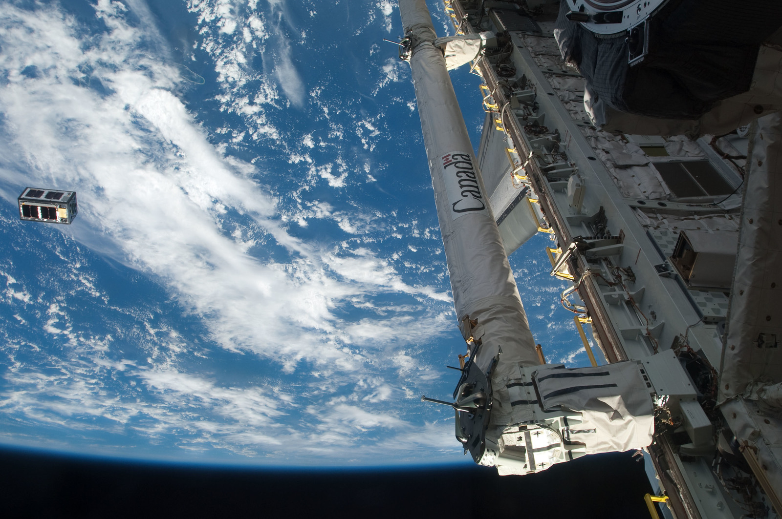 S126E026972 - STS-126 - Picosat Deployment from Payload Bay of Endeavour