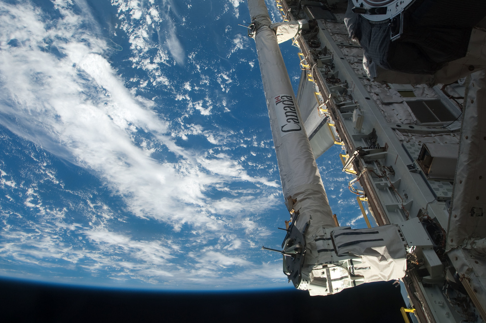 S126E026976 - STS-126 - Payload Bay of Endeavour