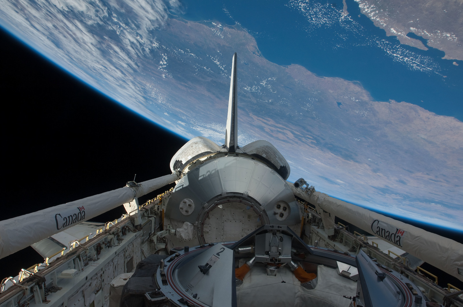 S126E026979 - STS-126 - Payload Bay of Endeavour
