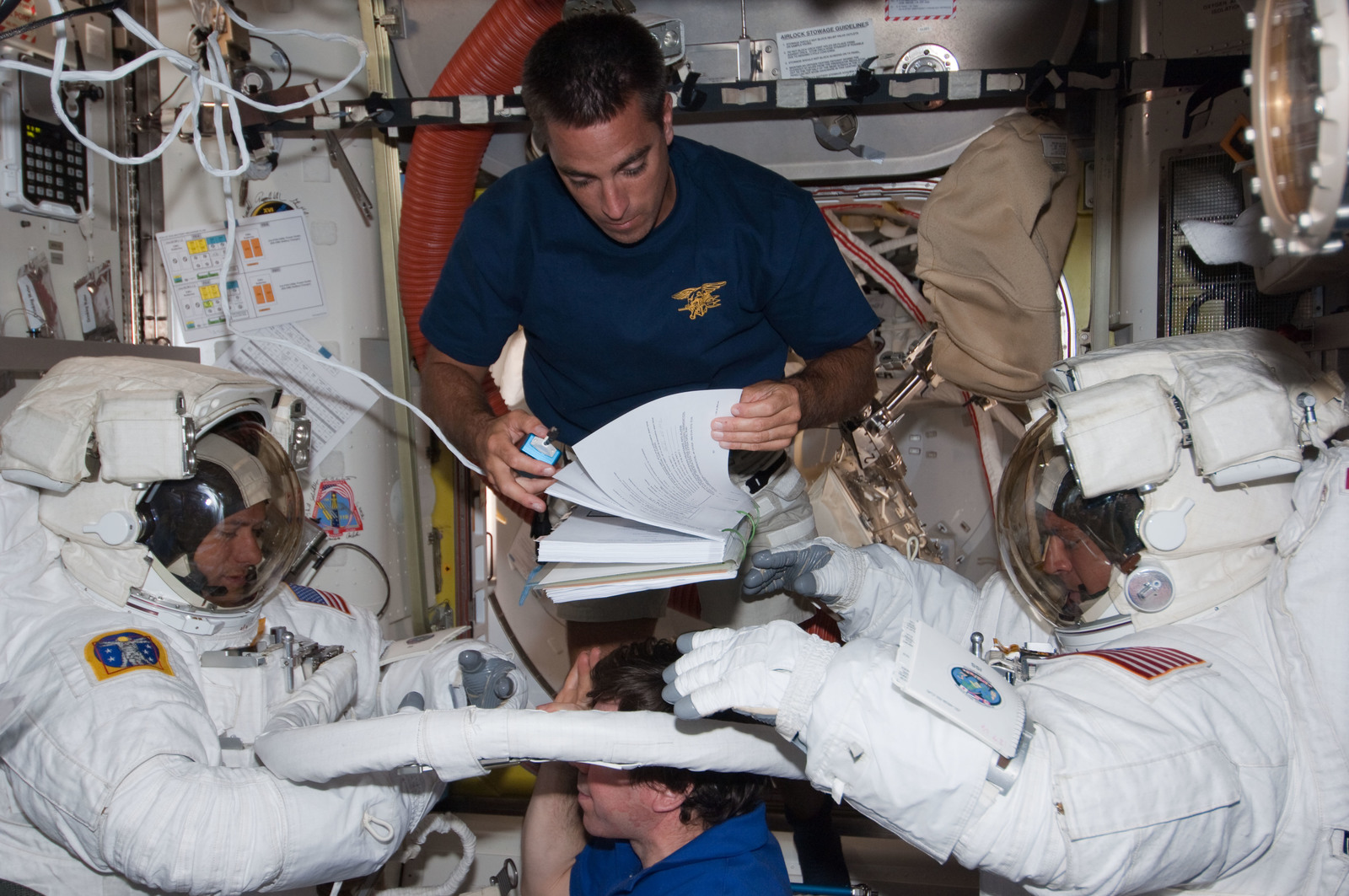 S127E007026 - STS-127 - Marshburn and Wolf in the A/L during STS-127 / Expedition 20 Joint Operations
