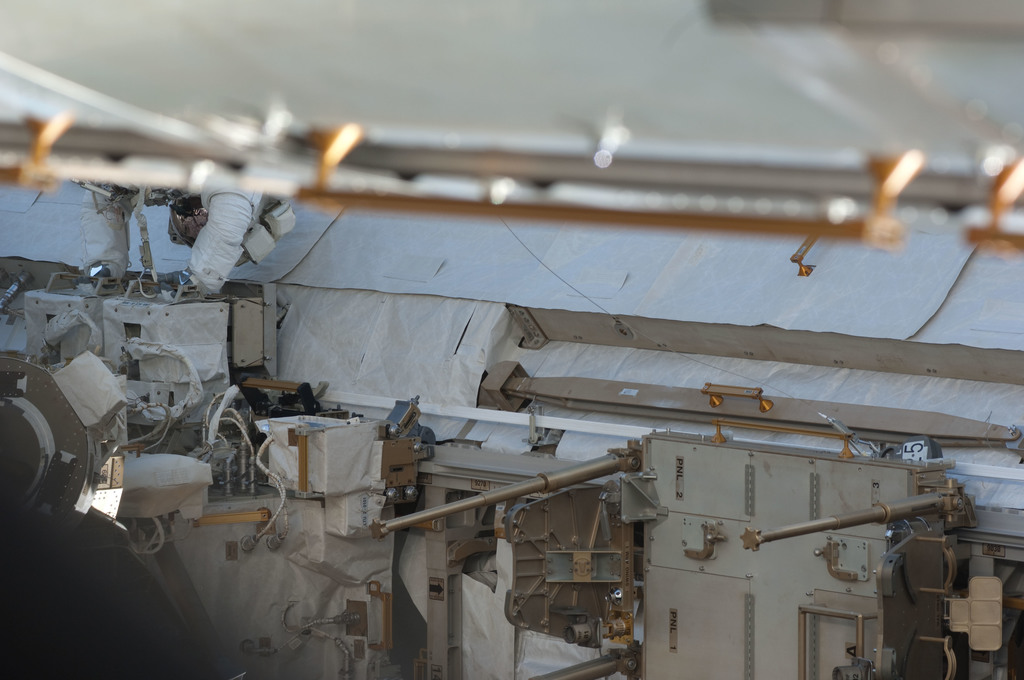 S127E007197 - STS-127 - P1 Truss during EVA-2 on STS-127 / Expedition 20 Joint Operations