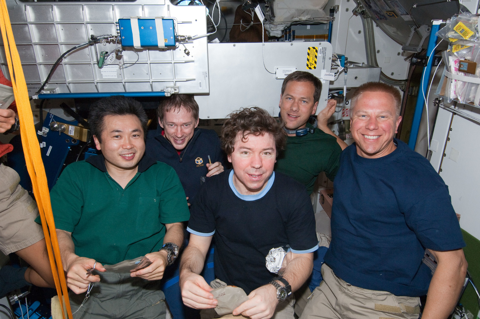S127E007478 - STS-127 - STS-127 / Expedition 20 Crewmembers in the Node 1 during Joint Operations