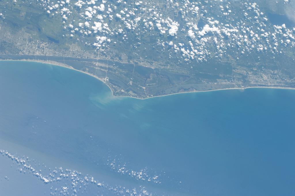 S127E007972 - STS-127 - Earth Observation taken during EVA-3