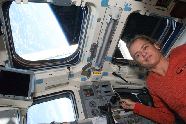 S127E011517 - STS-127 - Payette poses for photo in the aft FD of STS-127 Space Shuttle Endeavour