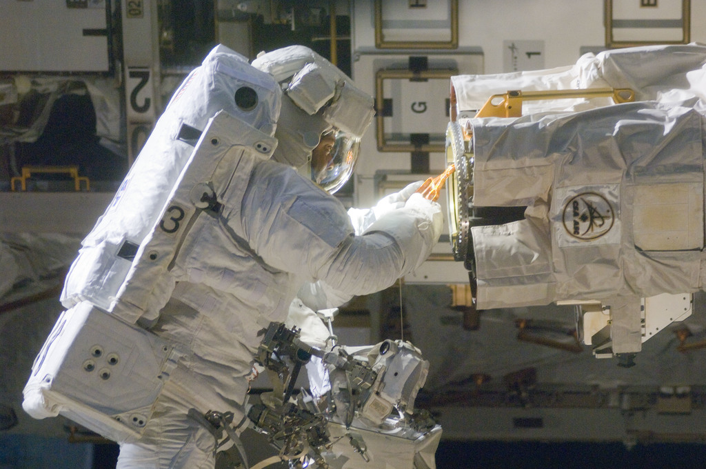S129E006756 - STS-129 - View of STS-129 MS4 Satcher during EVA1