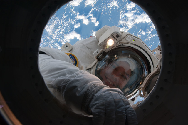 S130E007863 - STS-130 - Behnken during EVA 2