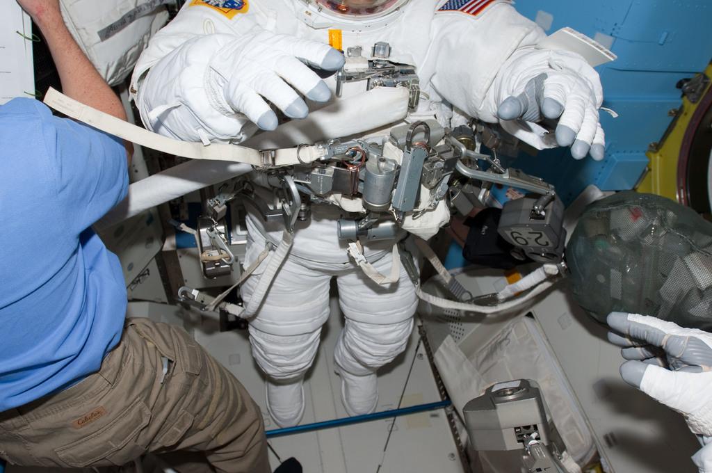 S130E009393 - STS-130 - Patrick in A/L prior to EVA 3