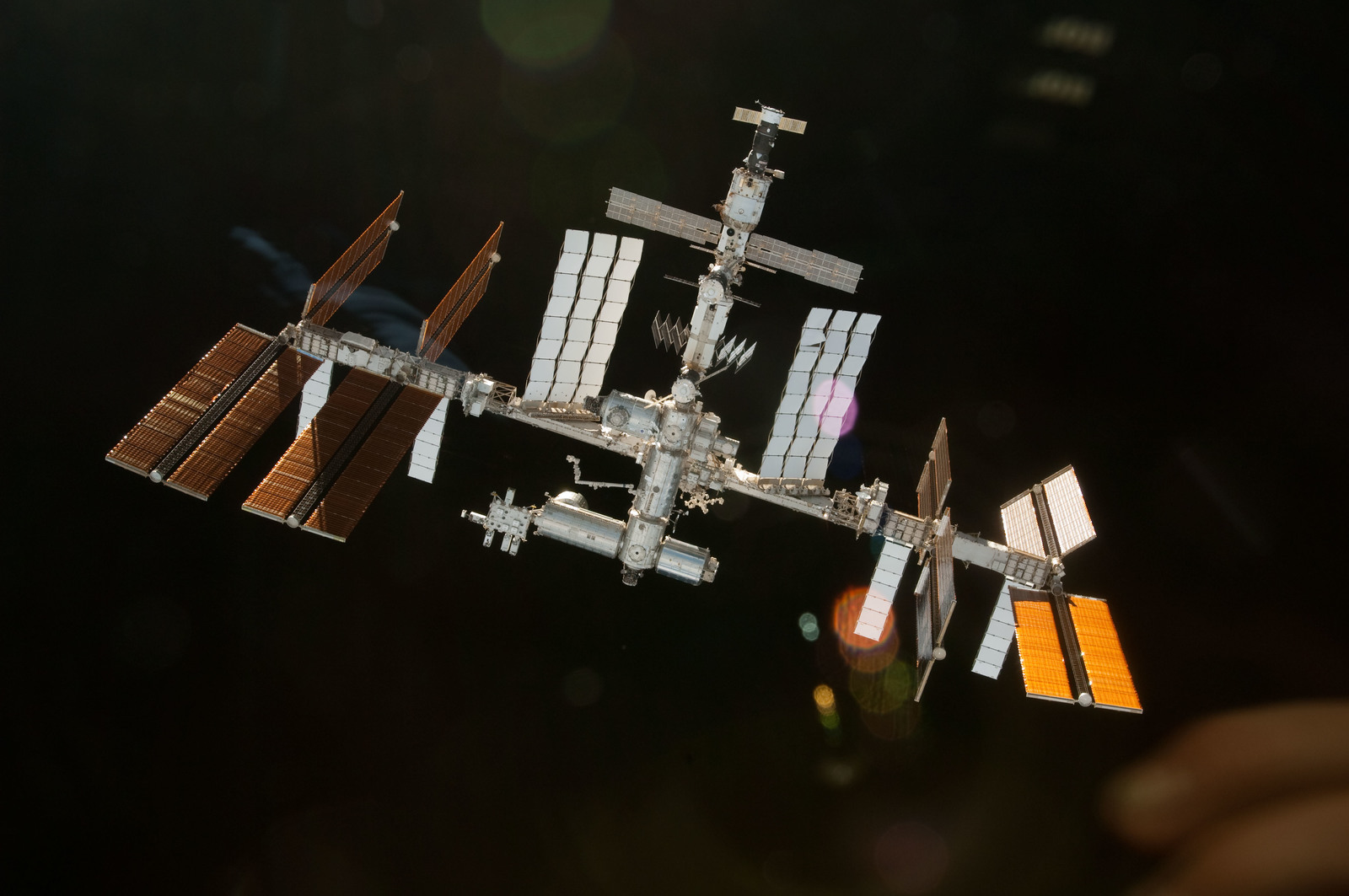 S130E012208 - STS-130 - Overall View of ISS After STS-130 Undocking