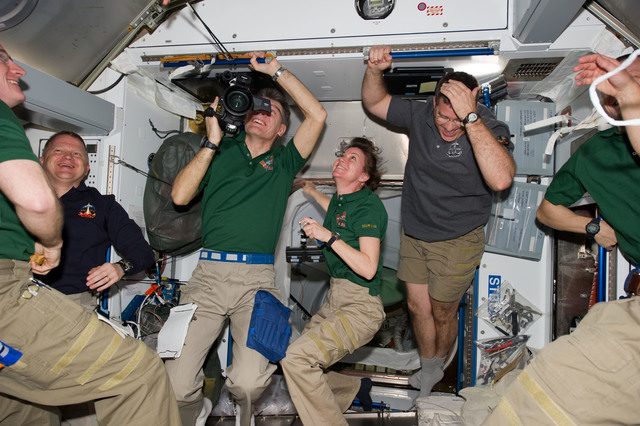 s133E006521 - STS-133 - STS-133 and Expedition 26 crew in Node 2