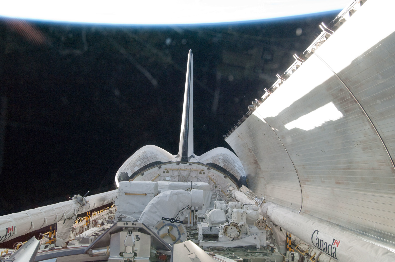 S134E005312 - STS-134 - View of the Shuttle Endeavour Payload Bay