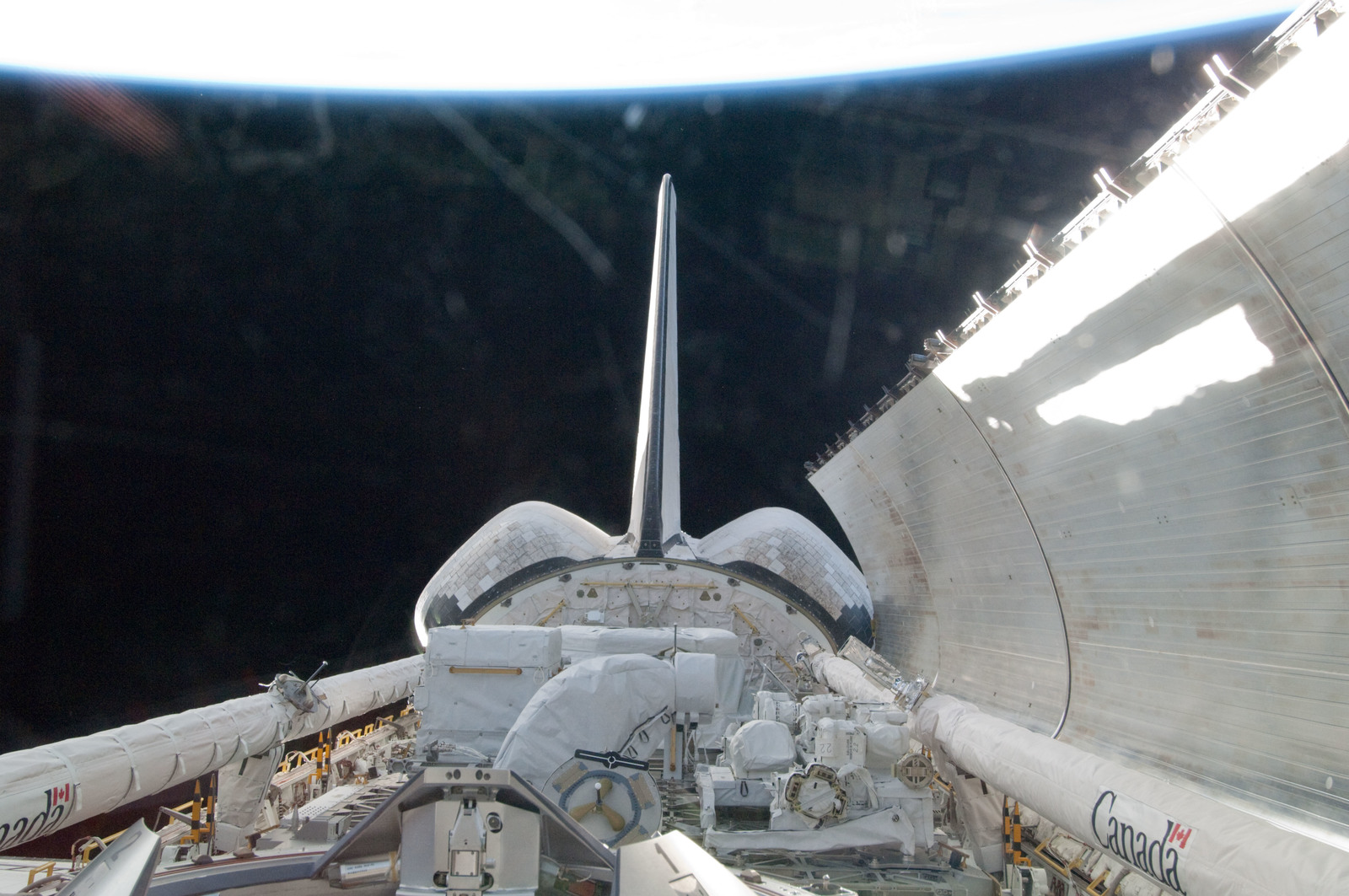 S134E005313 - STS-134 - View of the Shuttle Endeavour Payload Bay