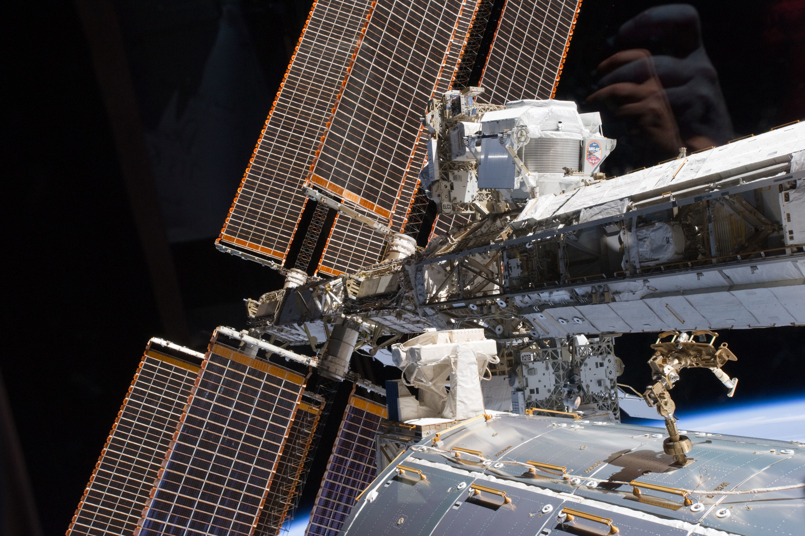 S134E007531 - STS-134 - View of the AMS-2 mounted on the S3 Truss