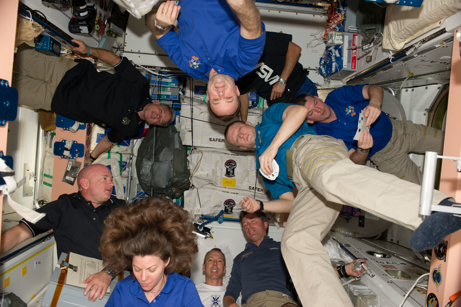 S134E008400 - STS-134 - View of Expedition 27 / STS-134 Crew Members in the Node 1