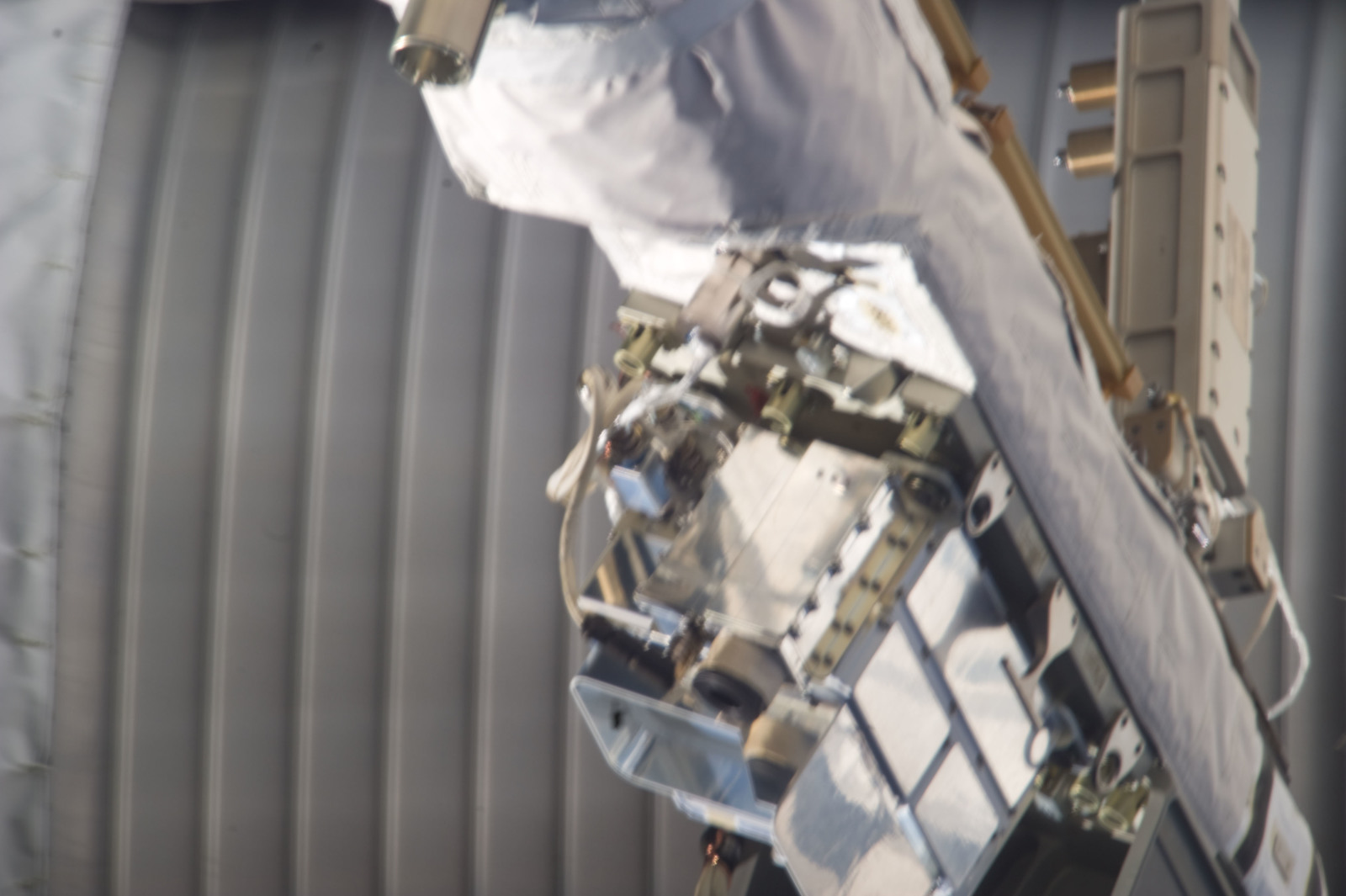 S134E011364 - STS-134 - Close-up view of SSRMS