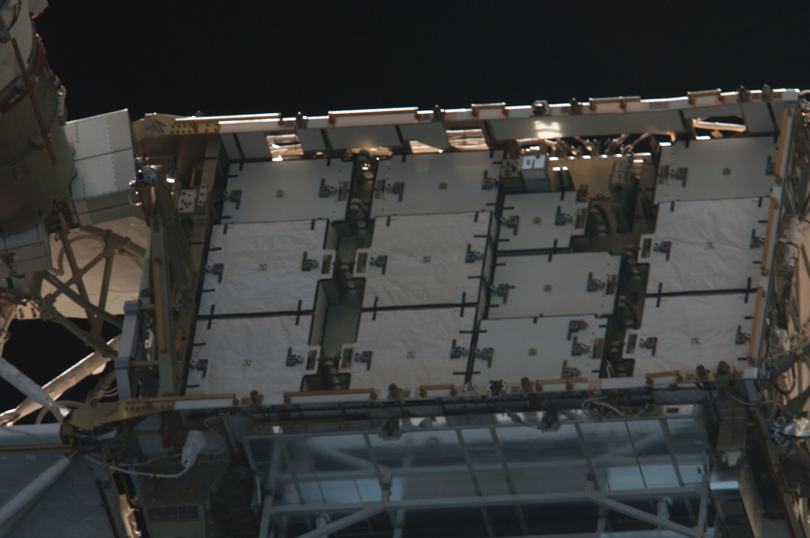 S134E011383 - STS-134 - Close-up view of Port Side Truss Segments