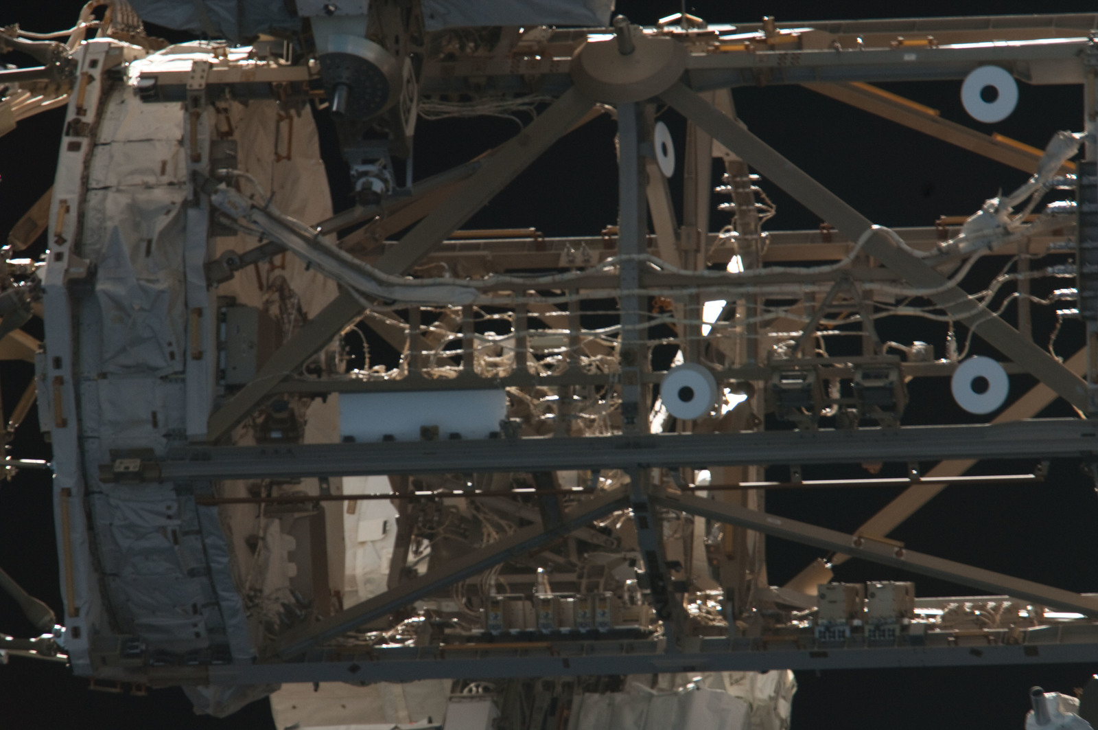 S134E011386 - STS-134 - Close-up view of Port Side Truss Segments