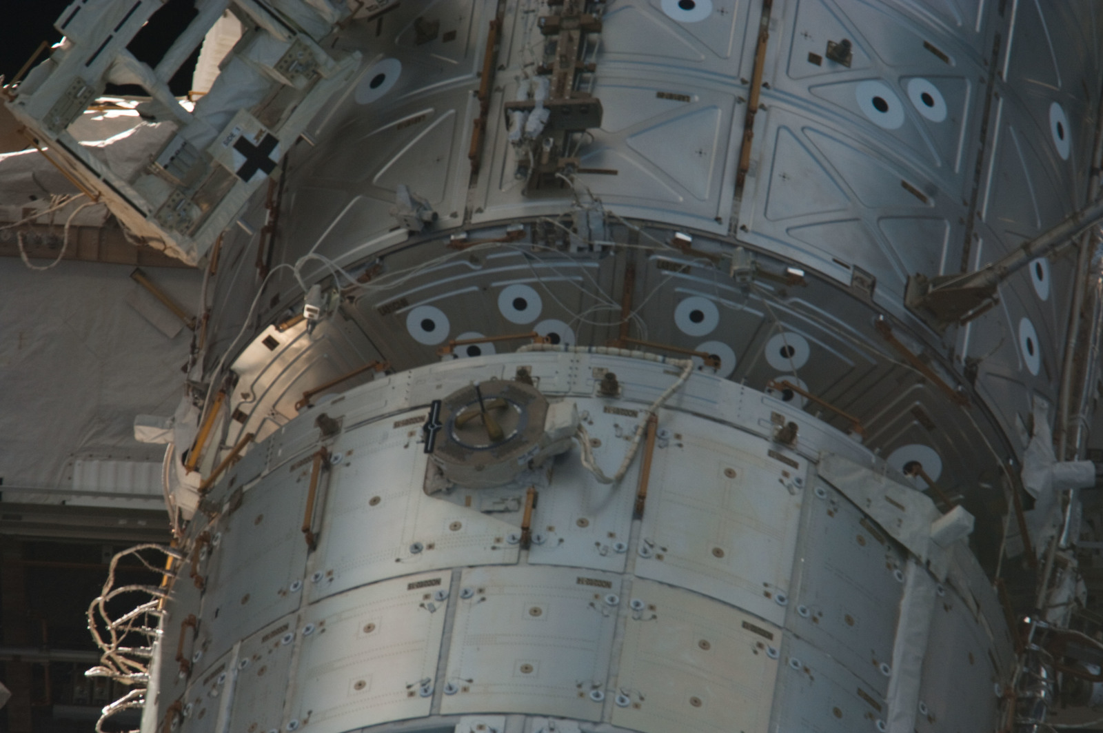 S134E011392 - STS-134 - Close-up view of ISS
