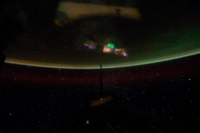 S134E012327 - STS-134 - Earth Observation taken from Aft Flight Deck Window