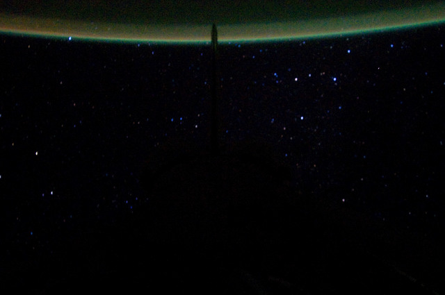 S134E012339 - STS-134 - Earth Observation taken from Aft Flight Deck Window