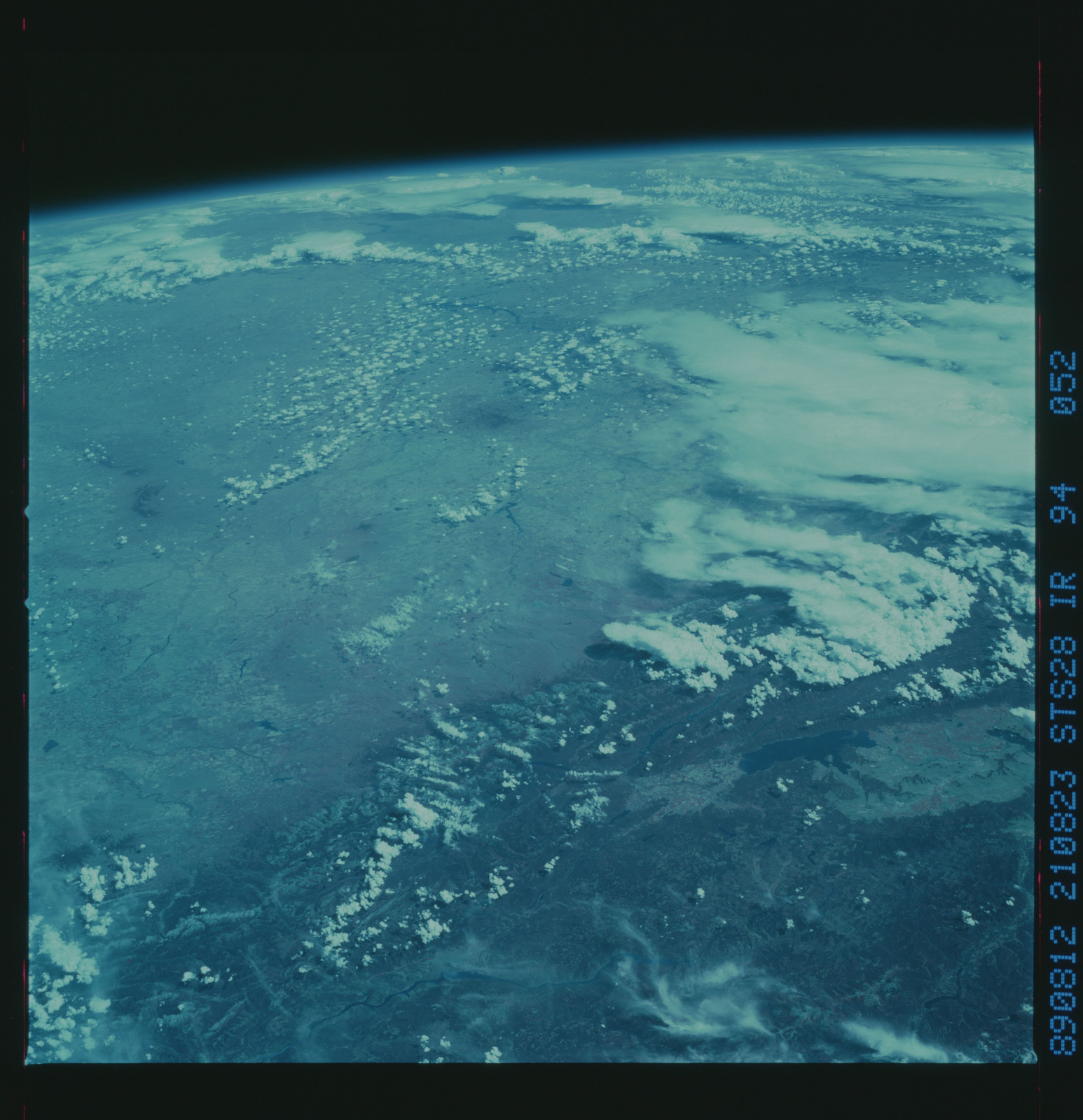 S28-94-052 - STS-028 - Infrared Earth observations taken the STS-28 mission