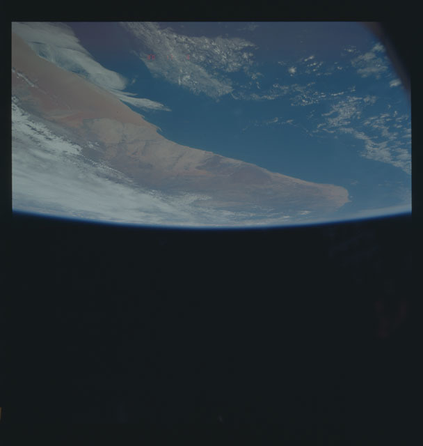 S35-605-036 - STS-035 - Earth observations taken during the STS-35 mission