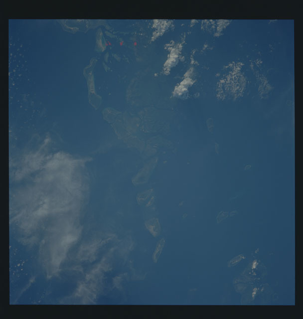 S35-606-053 - STS-035 - Earth observations taken during the STS-35 mission