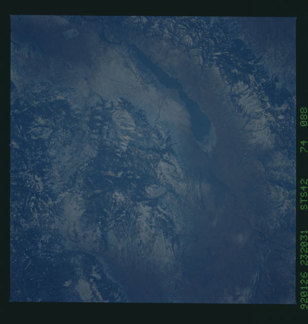 S42-74-088 - STS-042 - STS-42 earth observations
