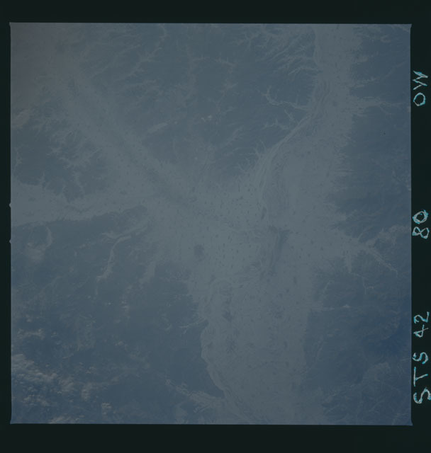 S42-80-00W - STS-042 - STS-42 earth observations