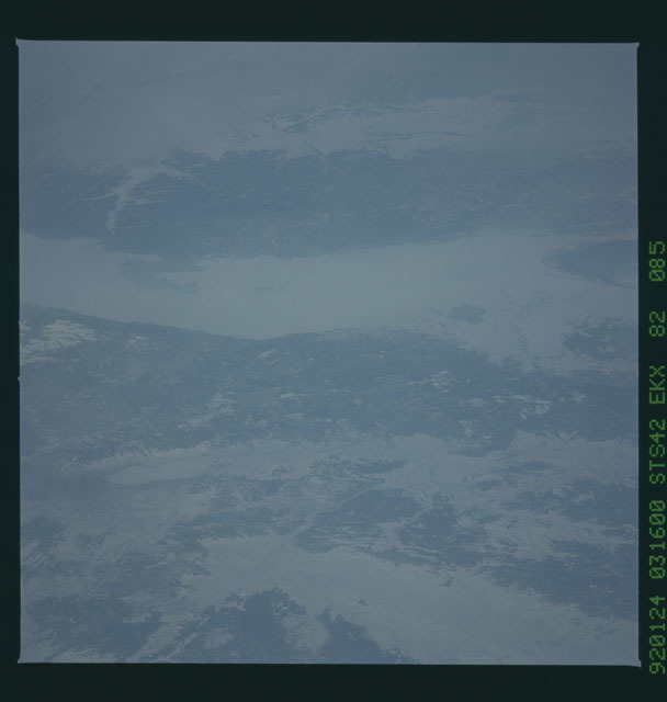 S42-82-085 - STS-042 - STS-42 earth observations