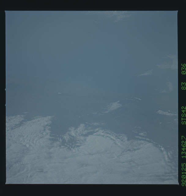 S42-83-036 - STS-042 - STS-42 earth observations