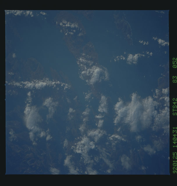 S42-83-052 - STS-042 - STS-42 earth observations