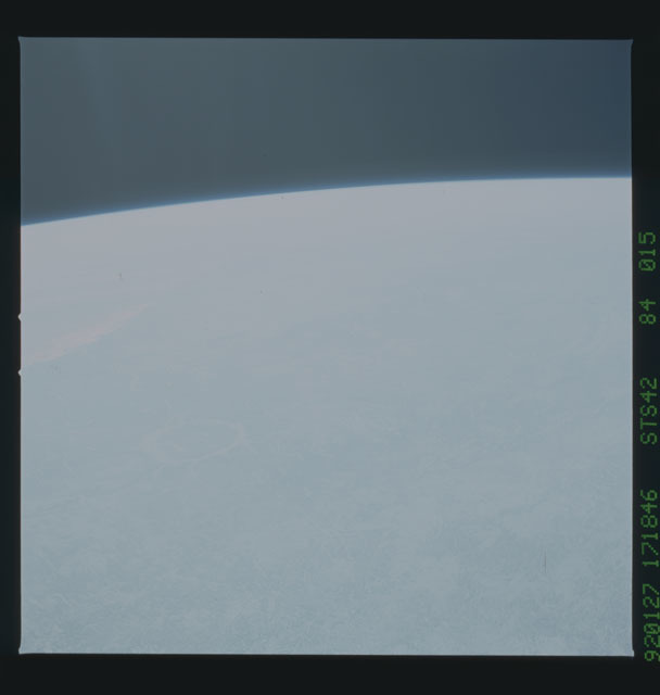 S42-84-015 - STS-042 - STS-42 earth observations