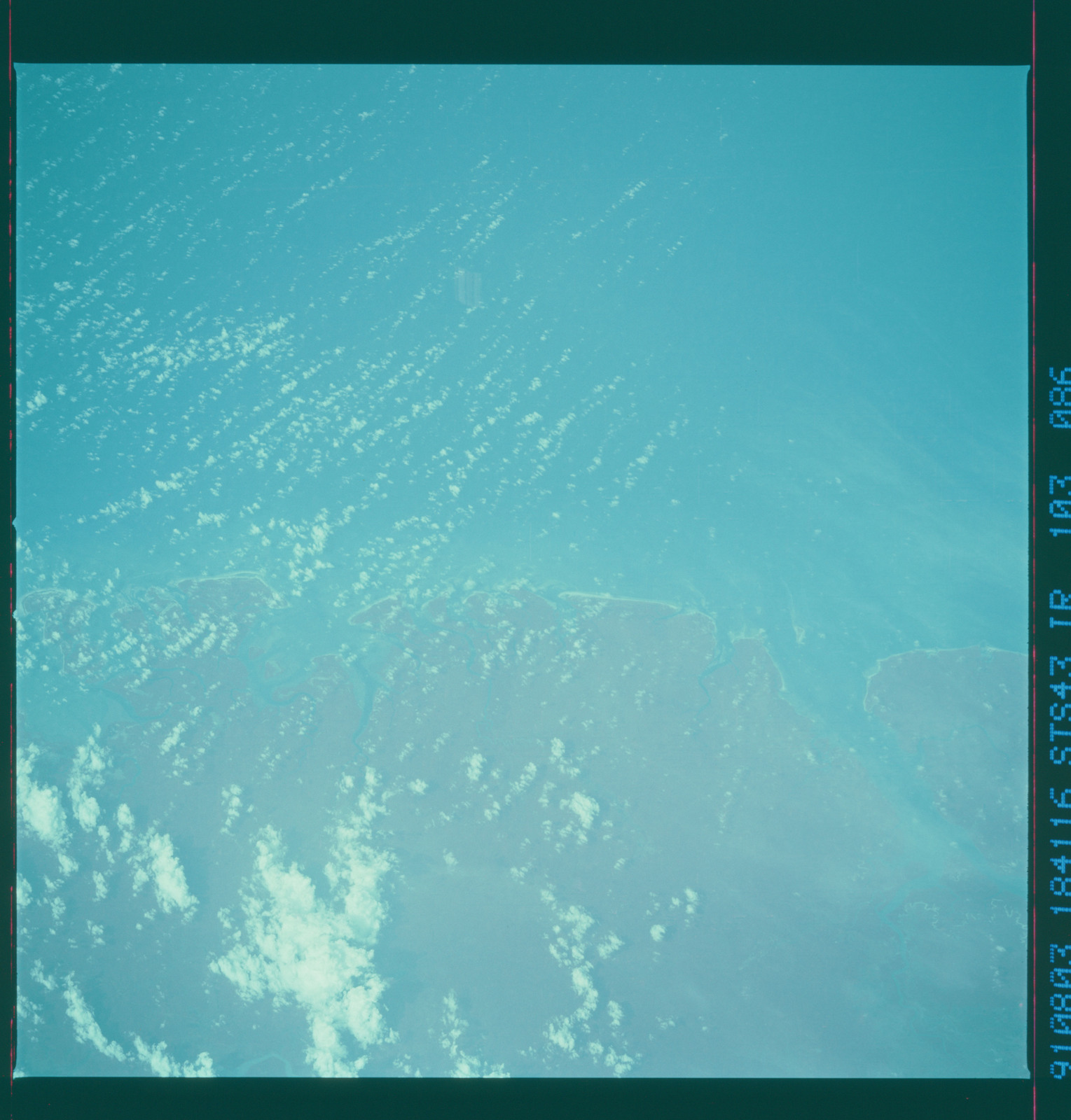 S43-103-086 - STS-043 - STS-43 earth observations