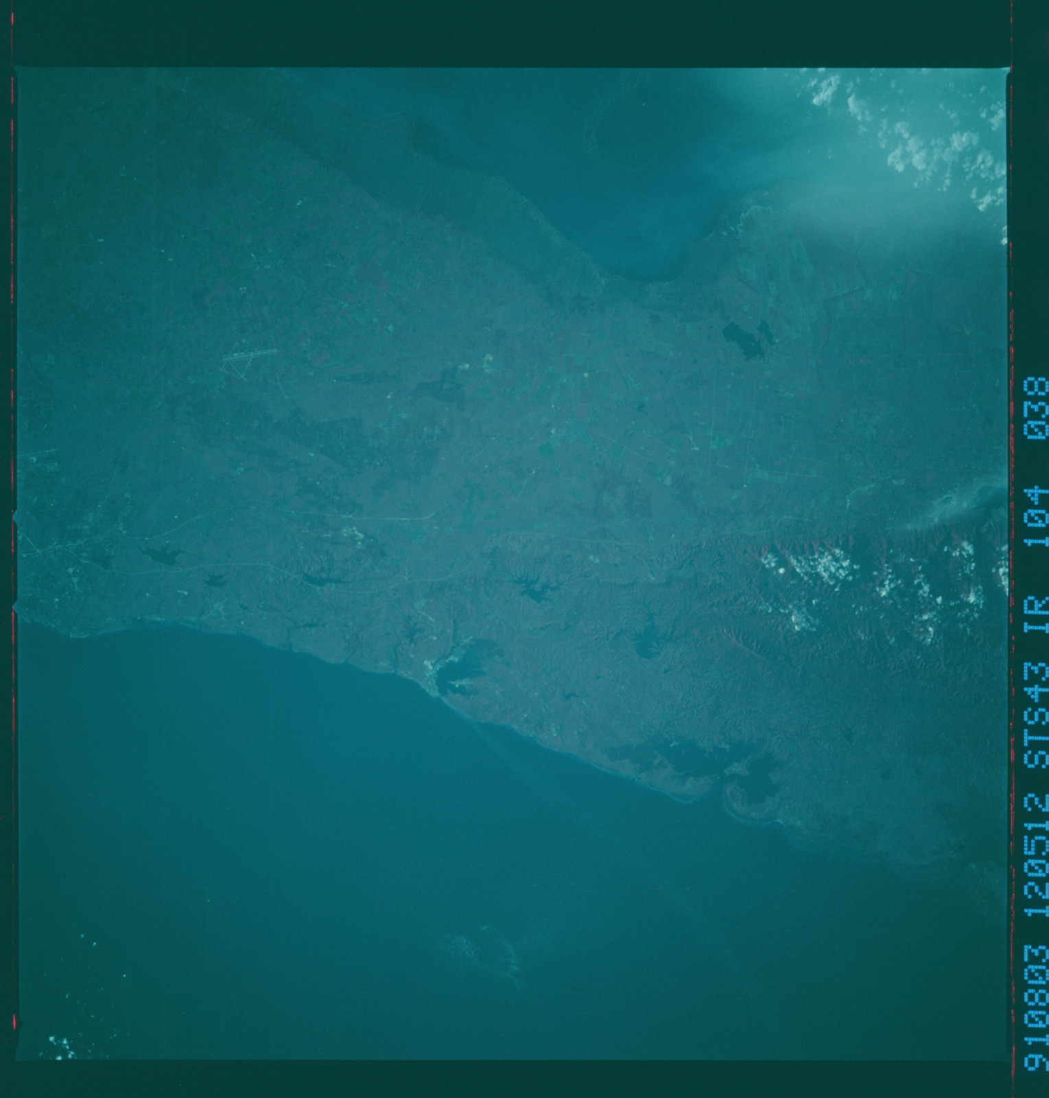 S43-104-038 - STS-043 - STS-43 earth observations