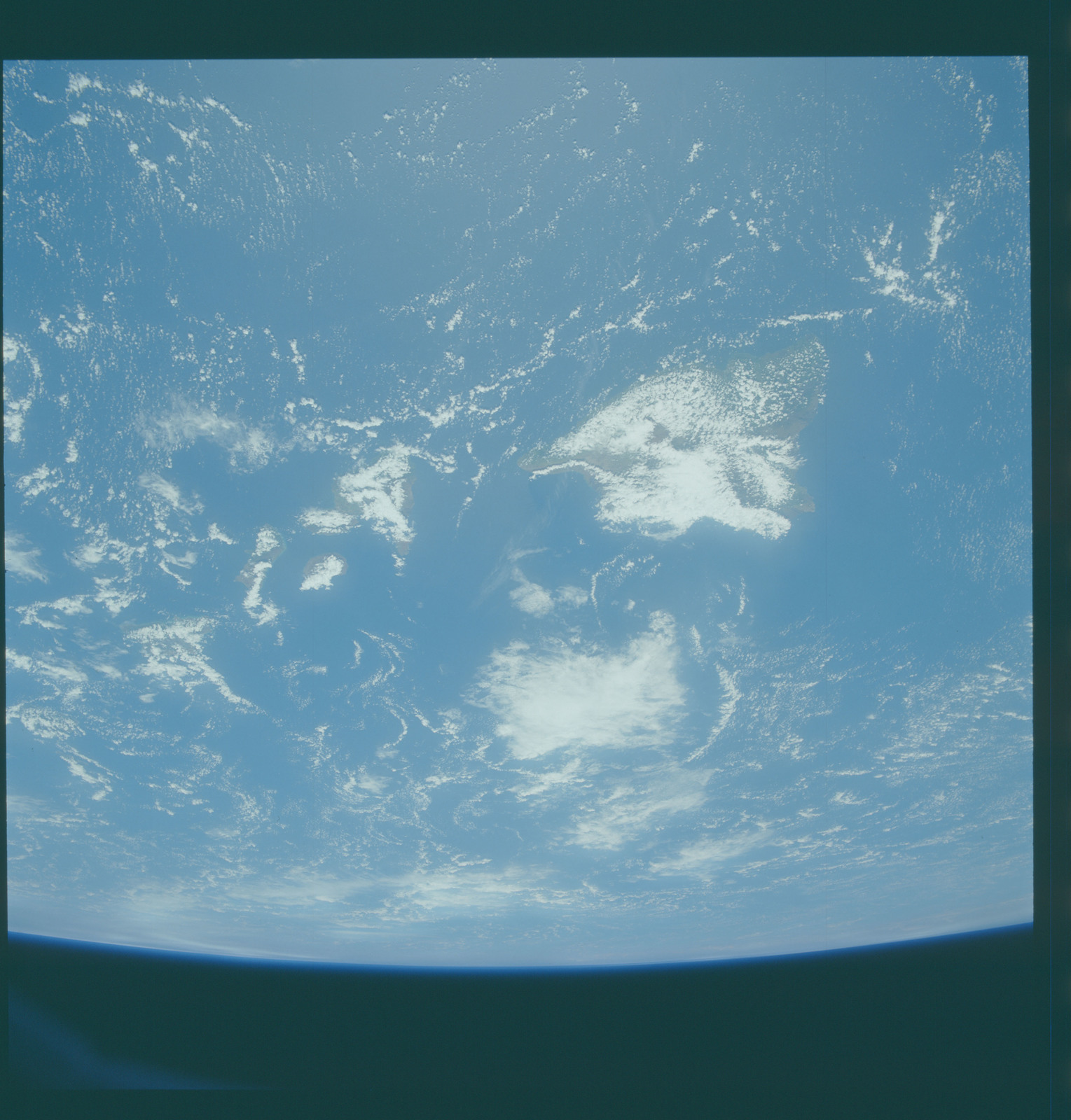 S43-601-055 - STS-043 - STS-43 earth observations