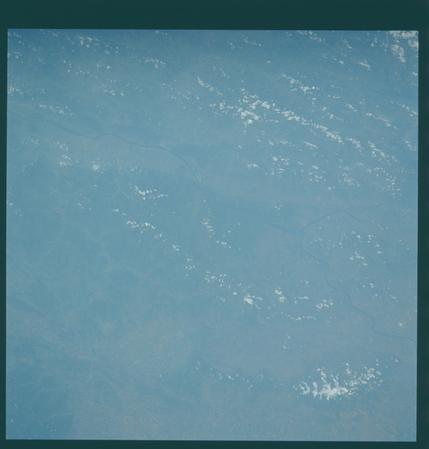 S43-602-031 - STS-043 - STS-43 earth observations