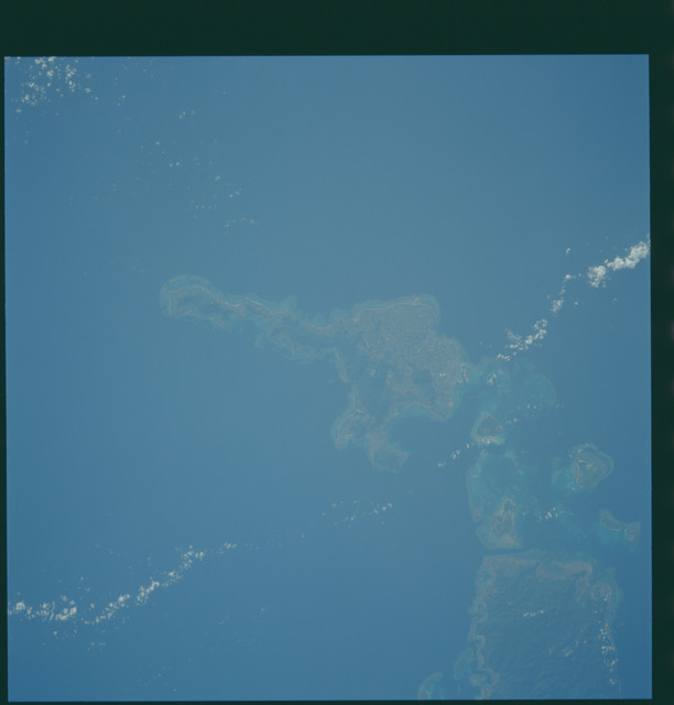 S43-608-038 - STS-043 - STS-43 earth observations