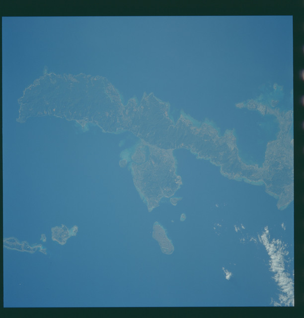 S43-608-046 - STS-043 - STS-43 earth observations