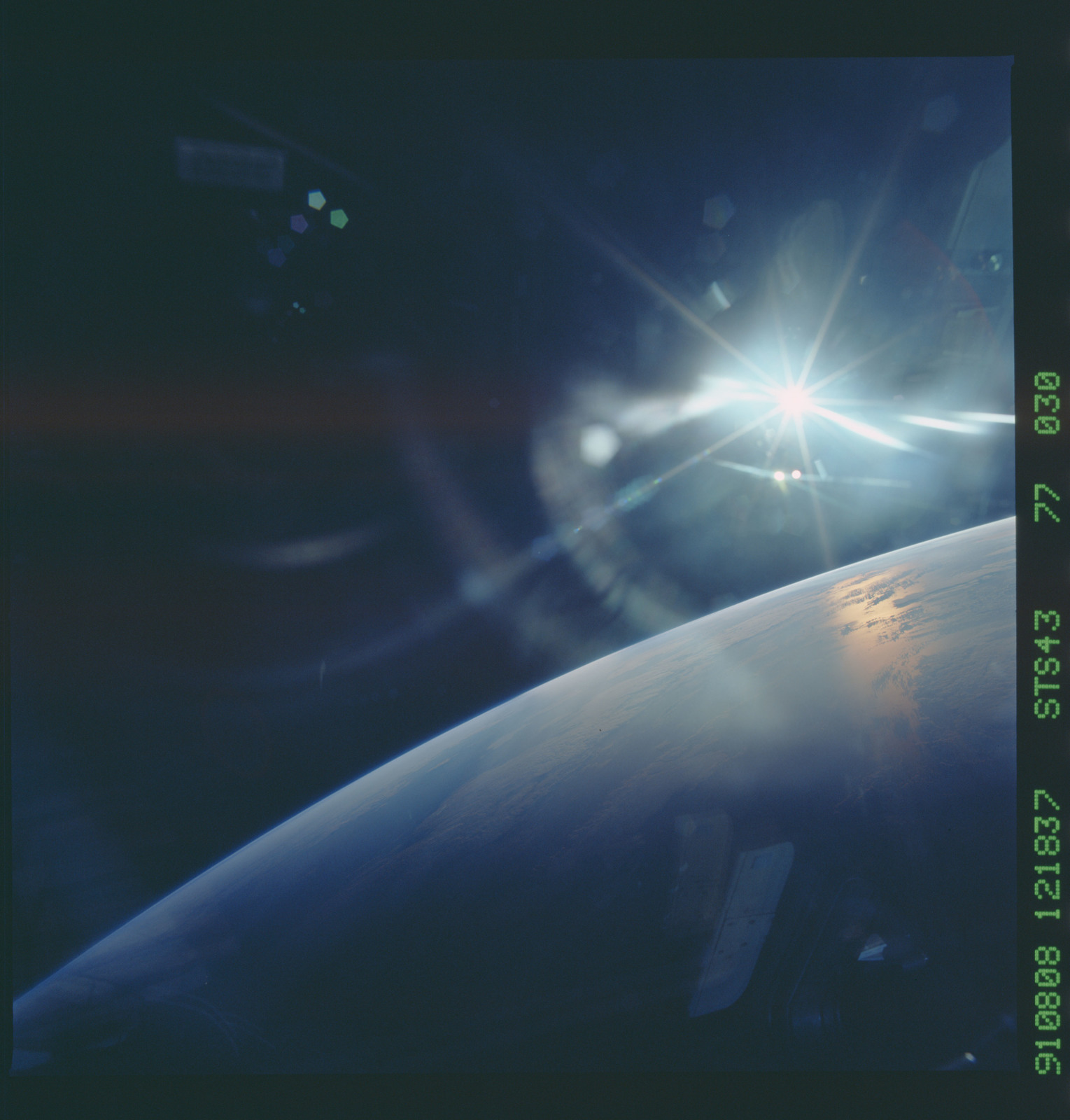 S43-77-030 - STS-043 - STS-43 earth observations