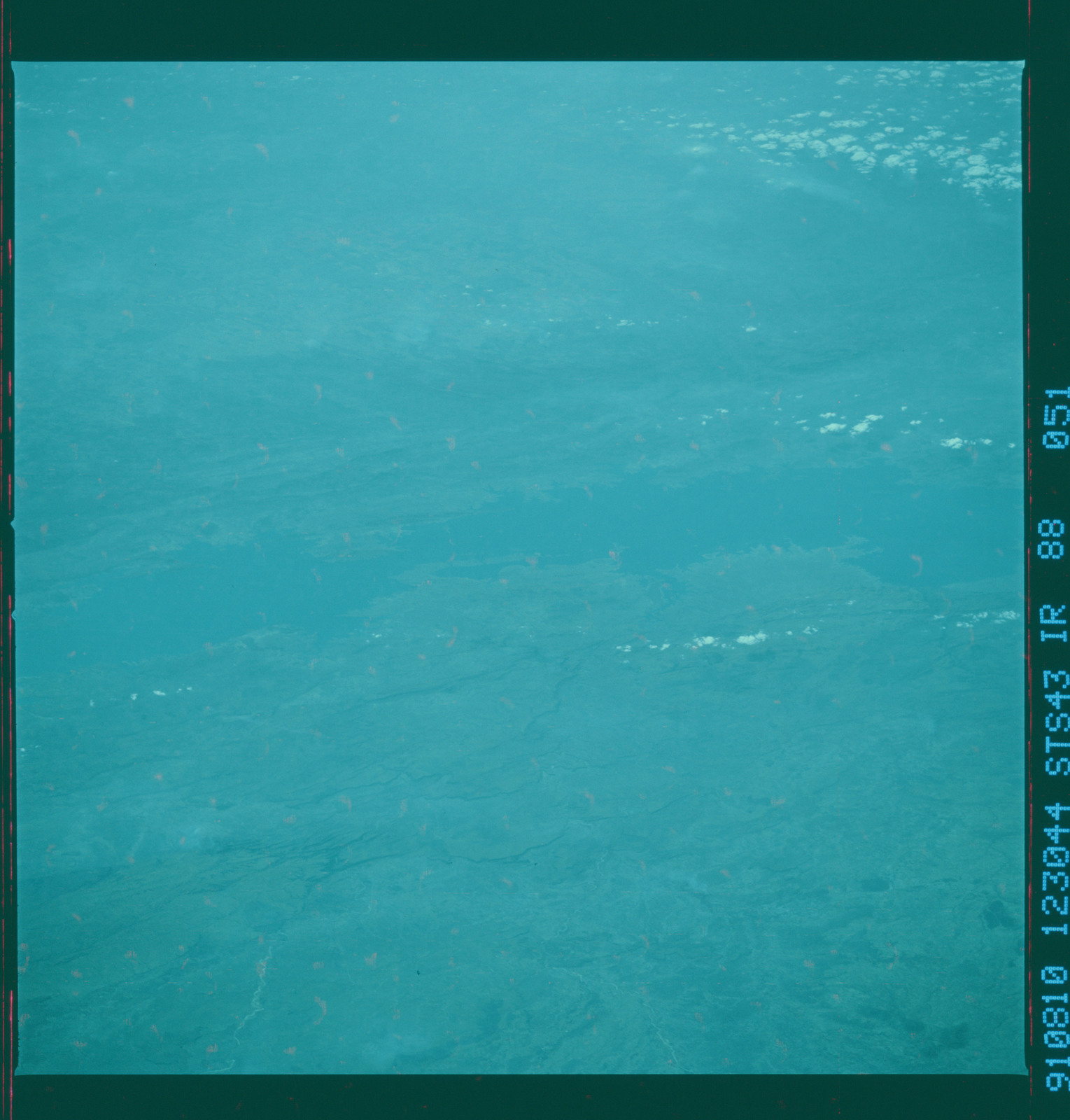 S43-88-051 - STS-043 - STS-43 earth observations
