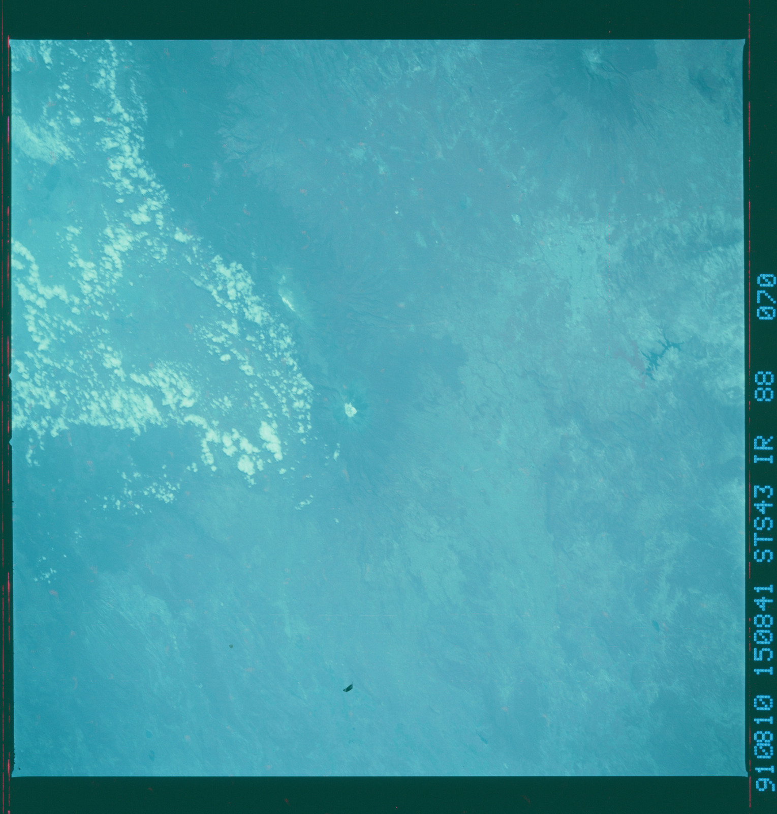 S43-88-070 - STS-043 - STS-43 earth observations