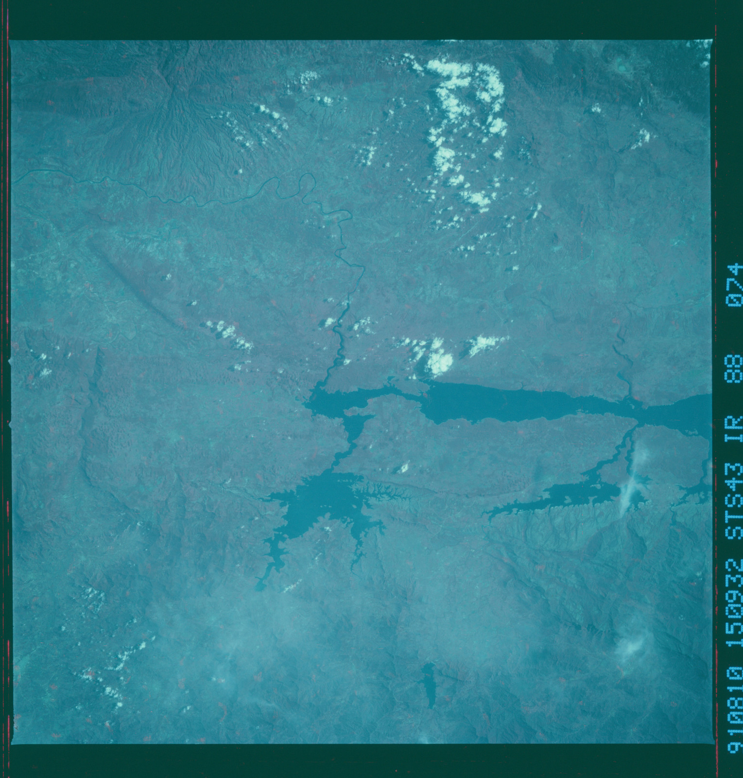 S43-88-074 - STS-043 - STS-43 earth observations