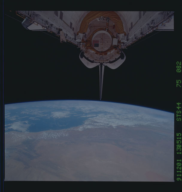 S44-75-082 - STS-044 - OV-104's empty payload bay after the deployment of the DSP/IUS spacecraft