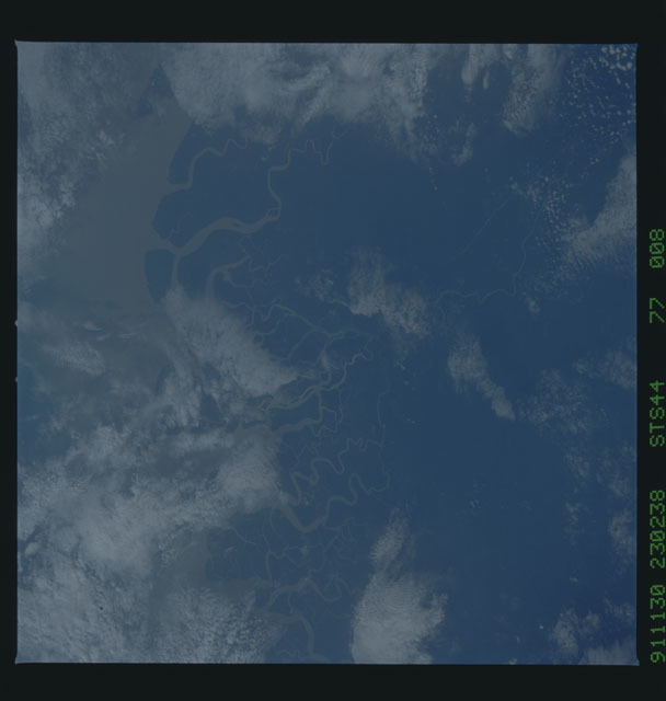 S44-77-008 - STS-044 - Earth observations taken during the STS-44 mission
