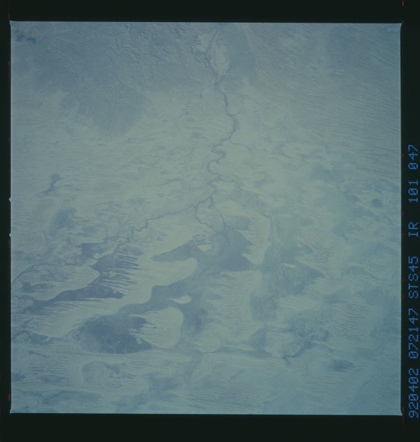 S45-101-047 - STS-045 - STS-45 earth observations